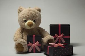 children-646688_640 Gifts Photo